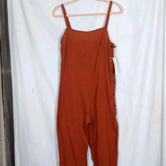 Urban Rebel Sienna orange crepe like jumpsuit M